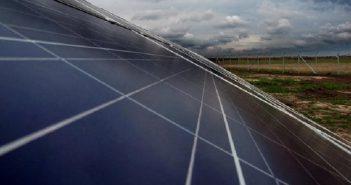 solarna-energija-paneli-solarni-zelena-sunce_660x330