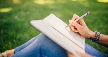 writing-923882_1280